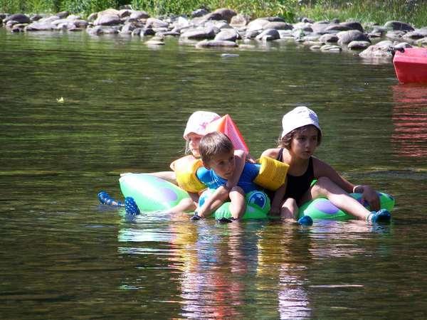 Un paradis pour les enfants / a kid's paradise